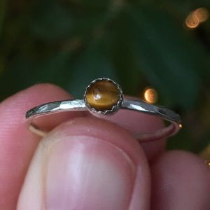 Jewelry - sterling silver mini tigers eye stacking ring ✨